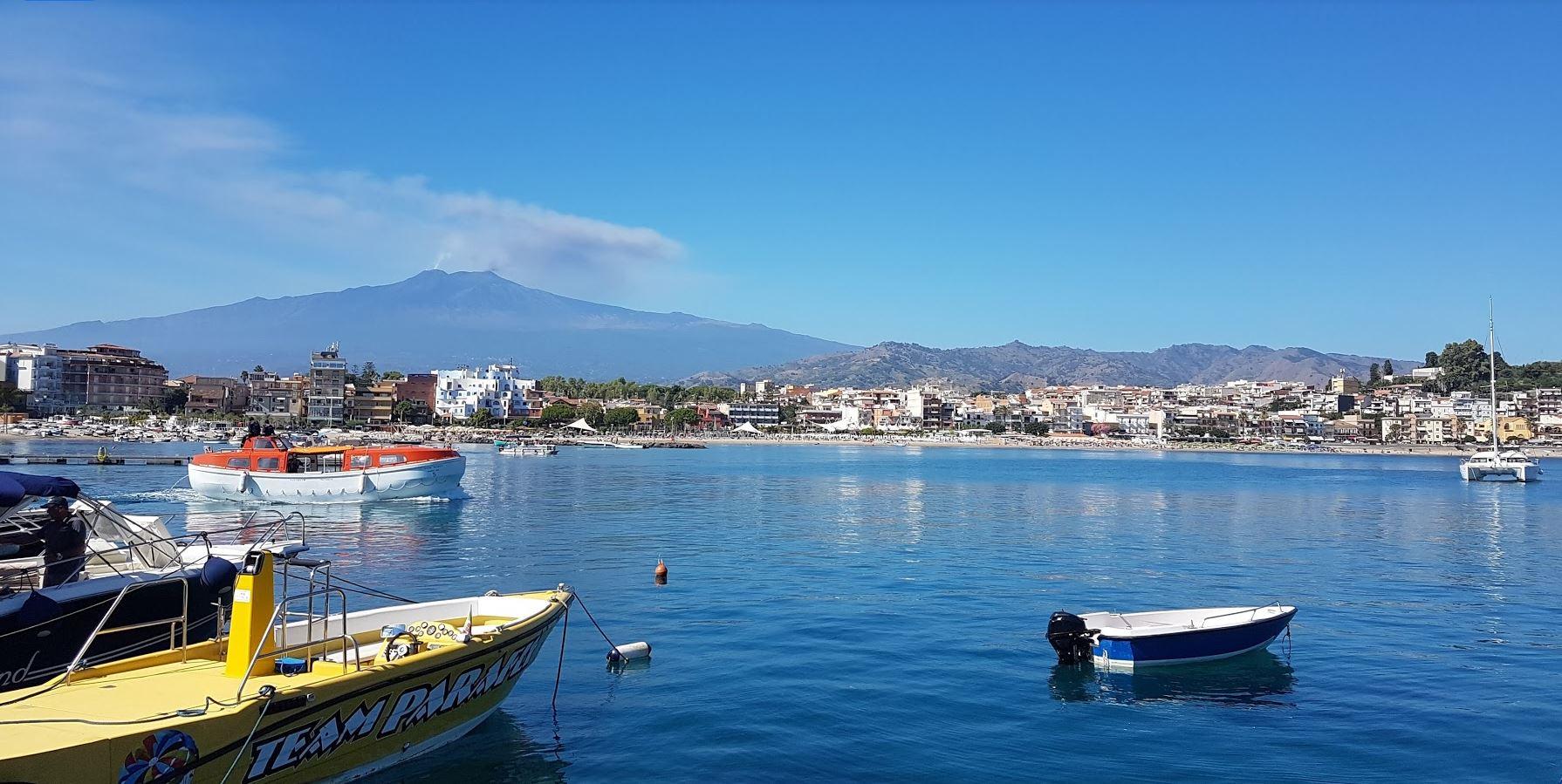 giardini-naxos Taormina's near city