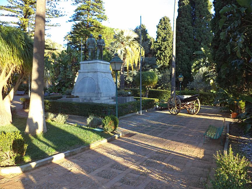 taormina public gardens monument in memory of fallen second war soldiers