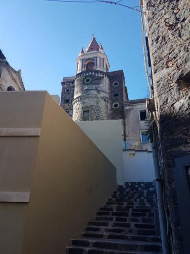 castiglione di sicilia 21 11 2018 abside e campanile chiesa ss pietro e paolo