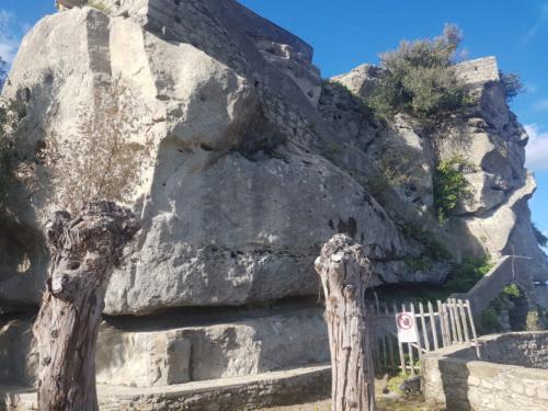 castiglione di sicilia 21 11 2018 roccia sotto castello di lauria