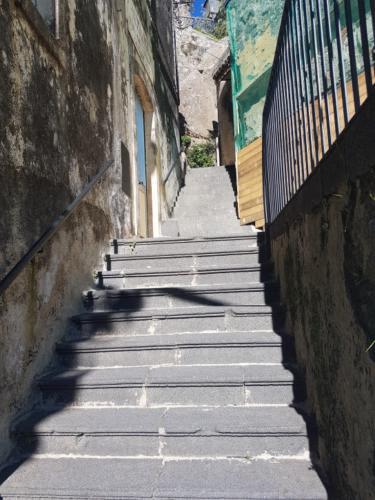 castiglione di sicilia 21 11 2018 scalinata accesso castelluccio
