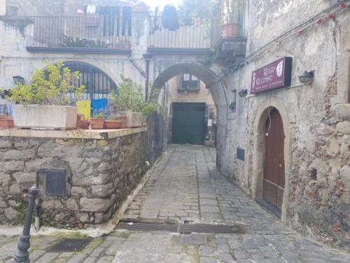 castiglione di sicilia 21 11 2018 slargo su via federico II