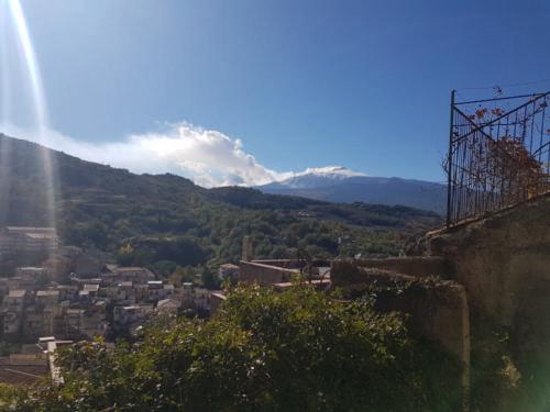 castiglione di sicilia 21 11 2018 veduta etna 01