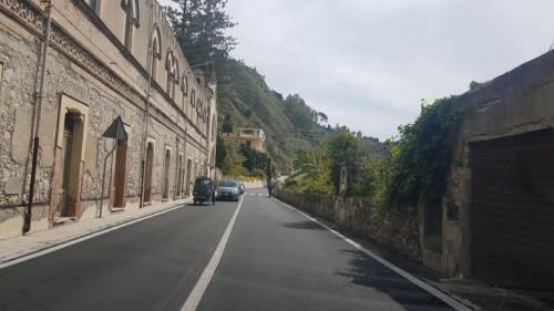 stazione giardini a taormina villa 03